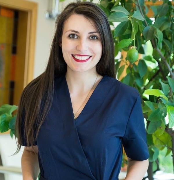 Dr. Cristina<br/> Sandu