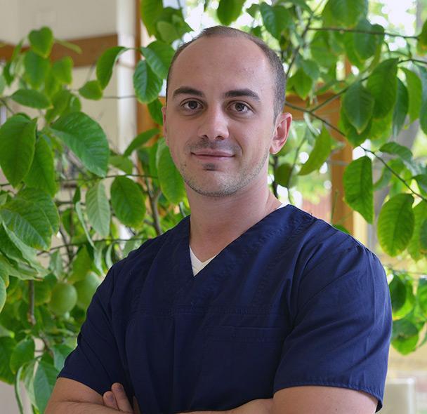 Dr. Muresan<br>Adrian